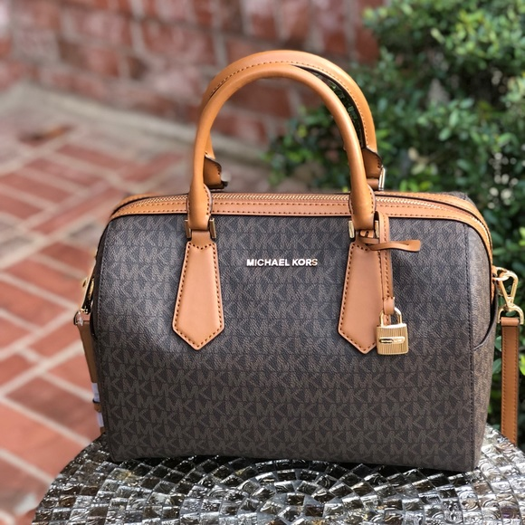 9453451721a5 Michael Kors Bags | Hayes Large Duffle Bag Brownacorn | Poshmark